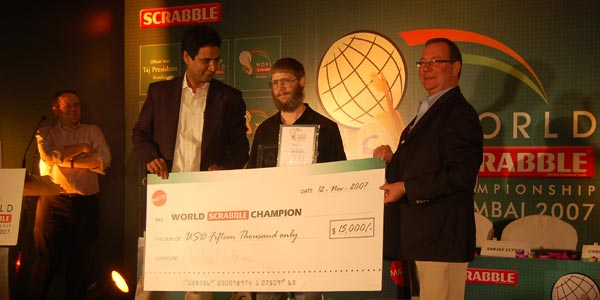 [photo of cheque presentation]